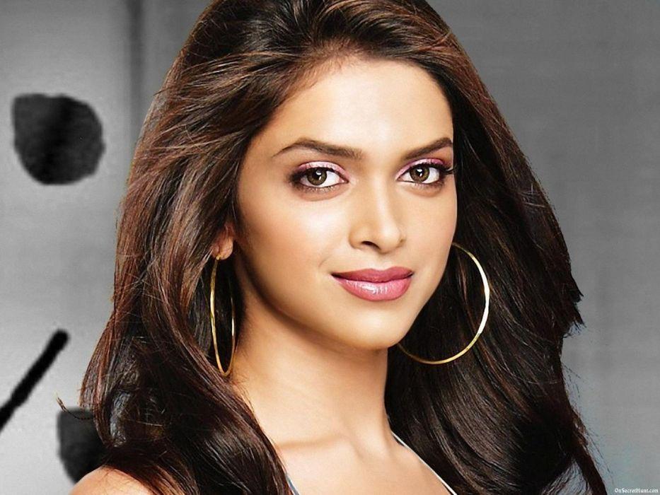DEEPIKA PADUKONE indian film actress model bollywood babe (50) wallpaper