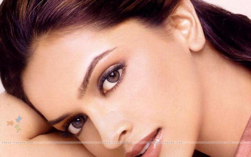 DEEPIKA PADUKONE indian film actress model bollywood babe (82) wallpaper