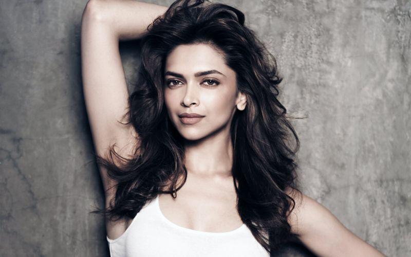 DEEPIKA PADUKONE indian film actress model bollywood babe (130) wallpaper