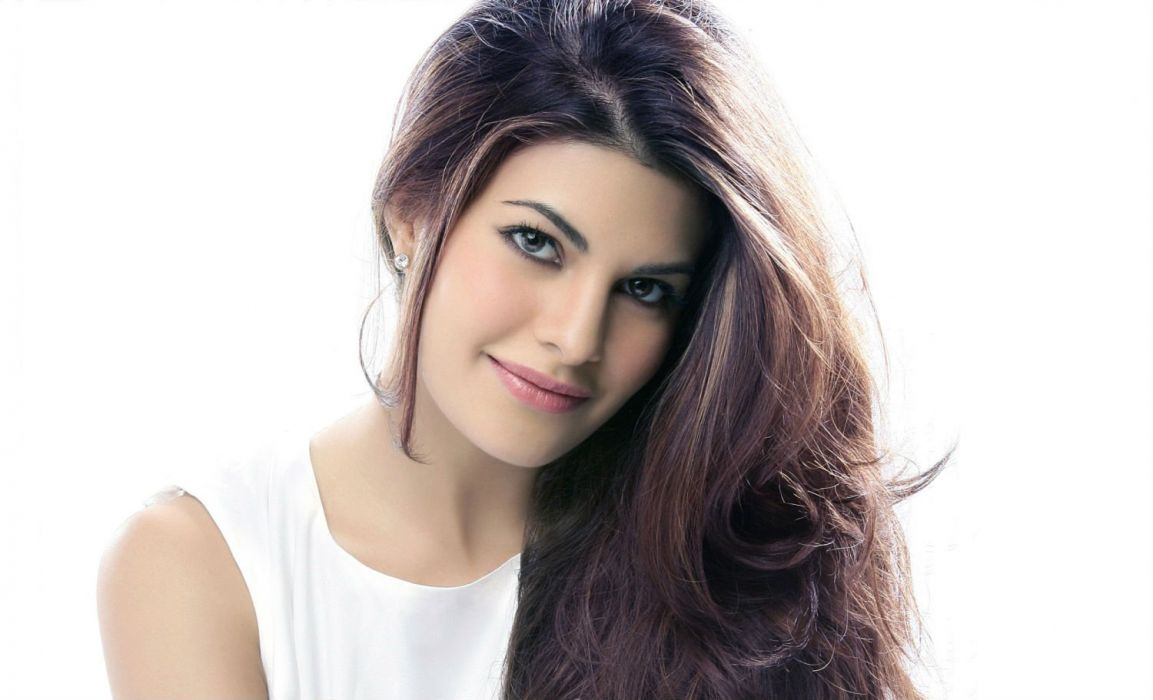 JACQUELINE FERNANDES indian film actress model babe bollywood wallpaper