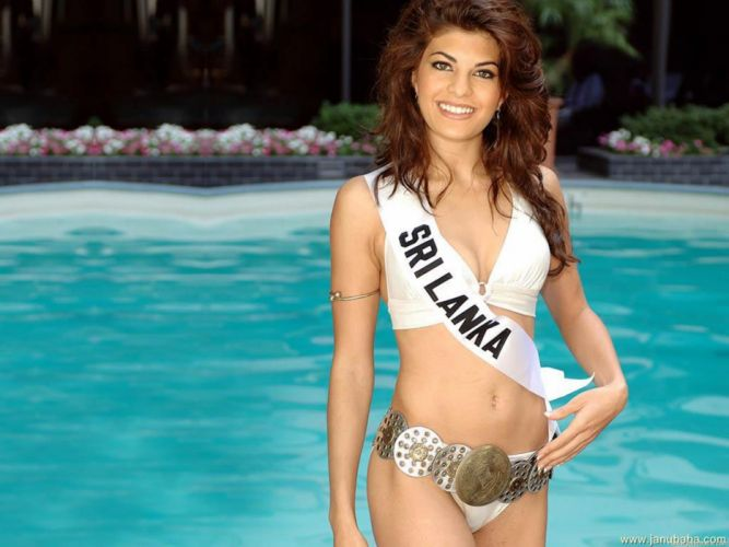 JACQUELINE FERNANDES indian film actress model babe bollywood (90) wallpaper
