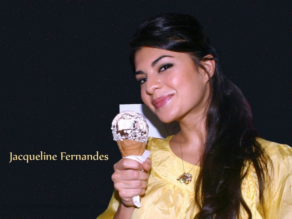 JACQUELINE FERNANDES indian film actress model babe bollywood (76) wallpaper