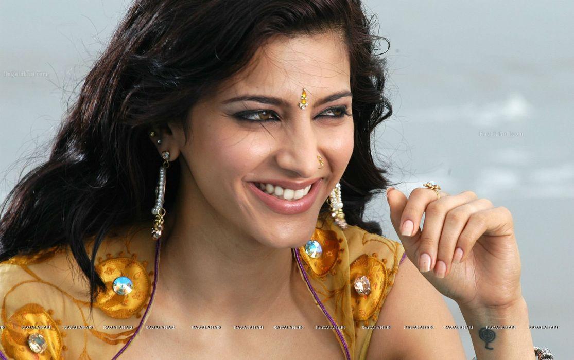 SHRUTI HASSAN indian actress bollywood singer model babe (23) wallpaper