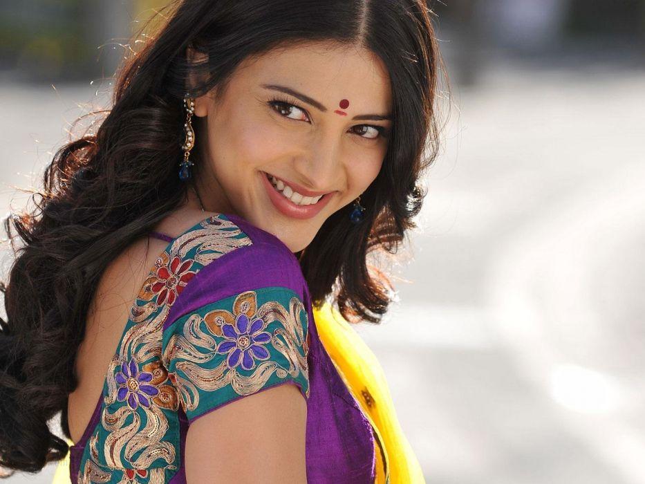 SHRUTI HASSAN indian actress bollywood singer model babe (53) wallpaper