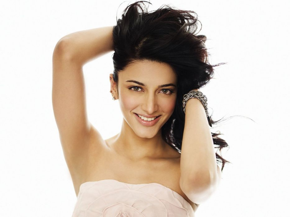 SHRUTI HASSAN indian actress bollywood singer model babe (54) wallpaper