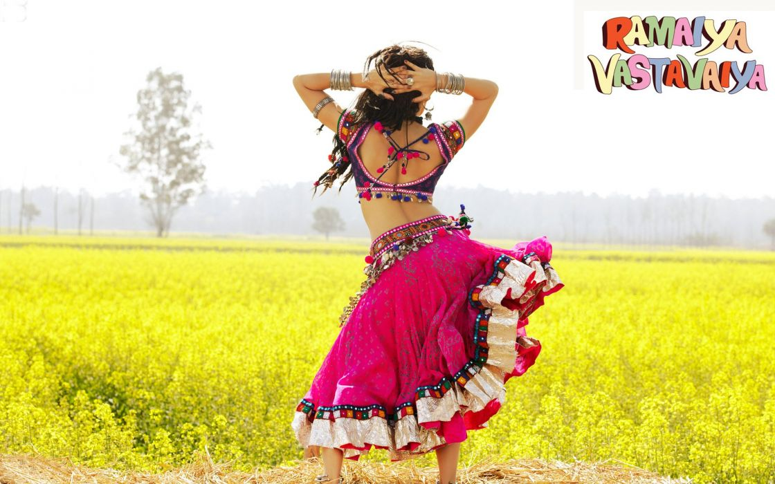 SHRUTI HASSAN indian actress bollywood singer model babe (52) wallpaper