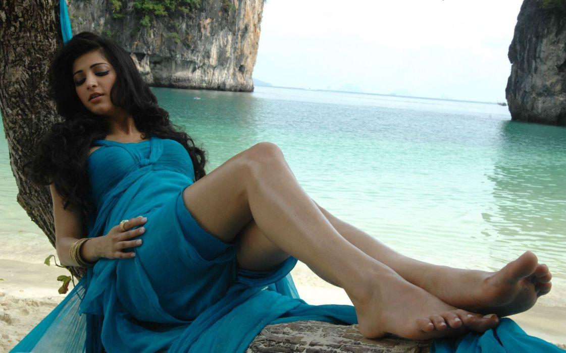 SHRUTI HASSAN indian actress bollywood singer model babe (93) wallpaper