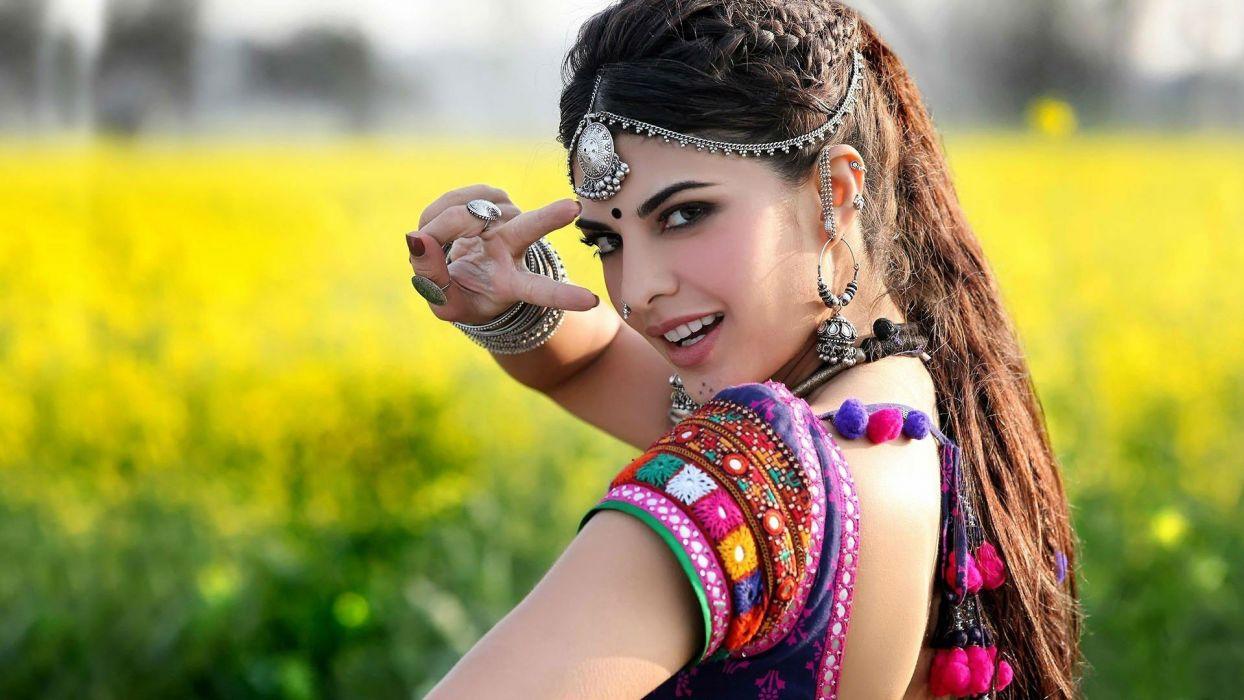 SHRUTI HASSAN indian actress bollywood singer model babe (87) wallpaper