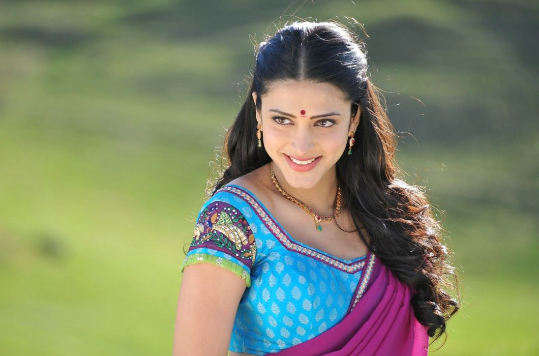 SHRUTI HASSAN indian actress bollywood singer model babe (105) wallpaper