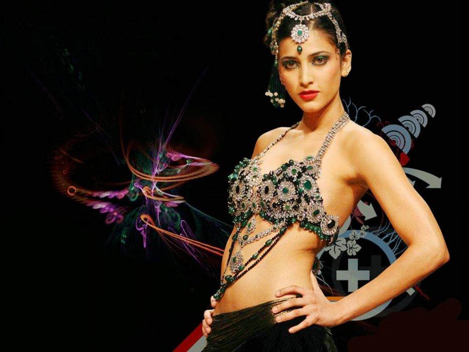 SHRUTI HASSAN indian actress bollywood singer model babe (103) wallpaper