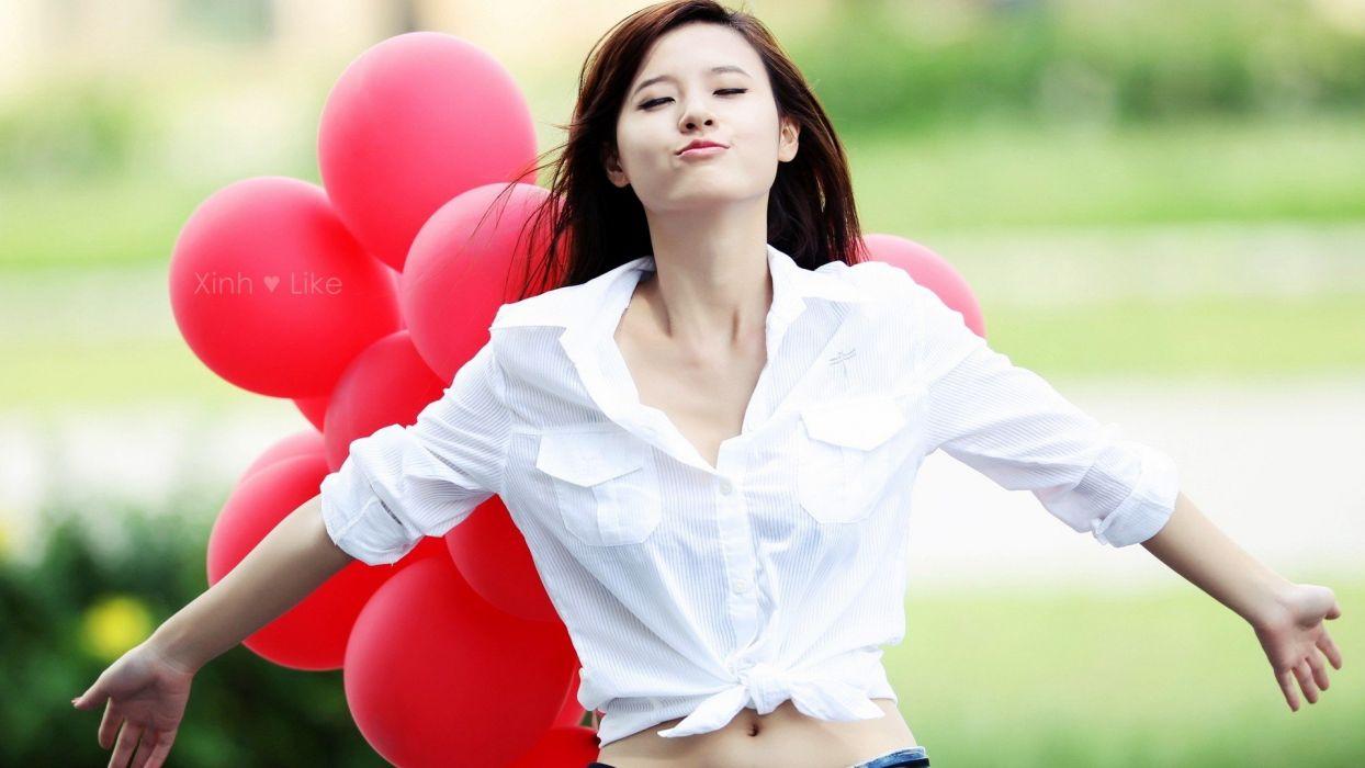 women love lips Asians hearts balloons wallpaper