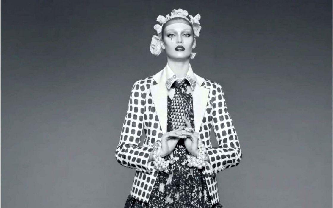 women models Diana Moldovan harlequin wallpaper