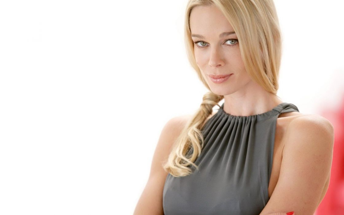 women stars Jennifer Gareis wallpaper