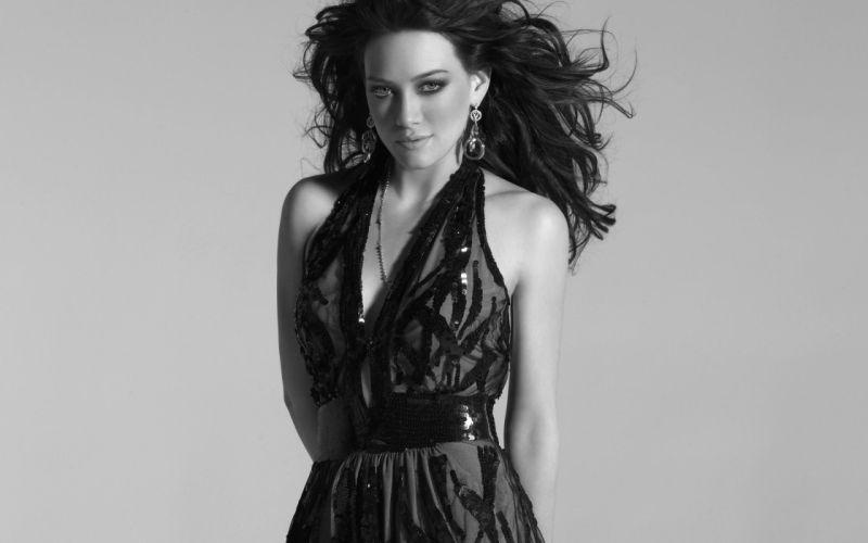 women actress Hilary Duff singers wallpaper