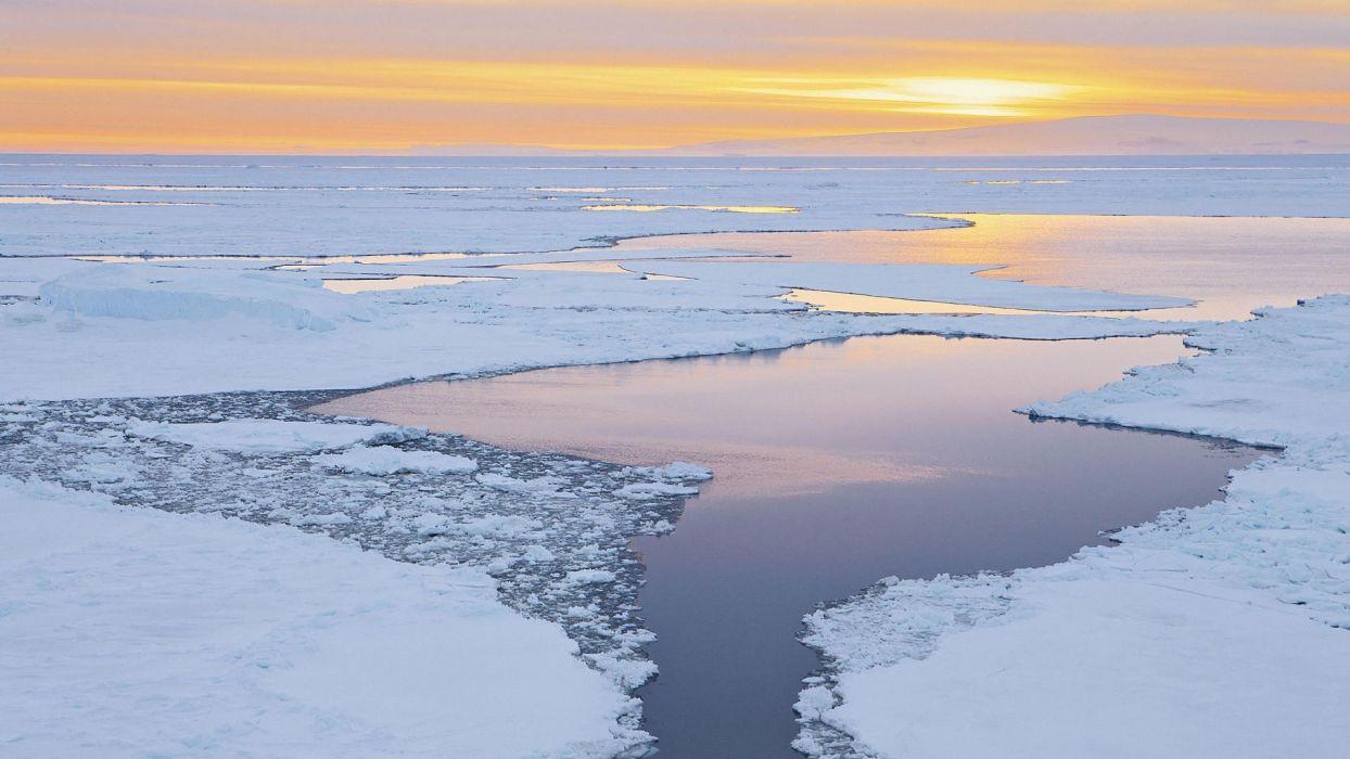 sound icebergs Antarctica dusk wallpaper