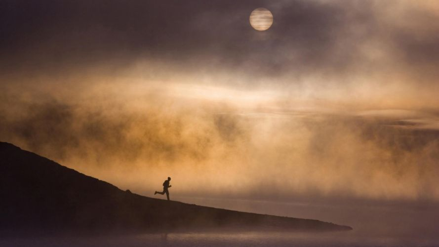 Moon silhouettes fog California running lakes wallpaper