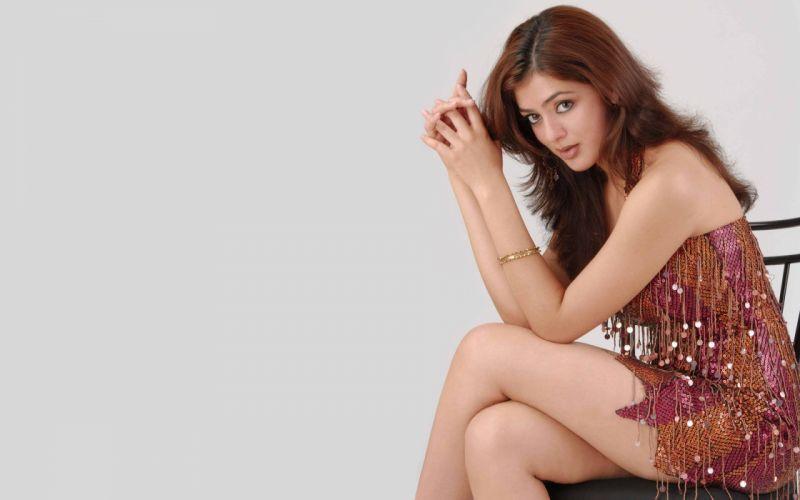 PARVATI MELTON indian american actress model babe bollywood (13) wallpaper