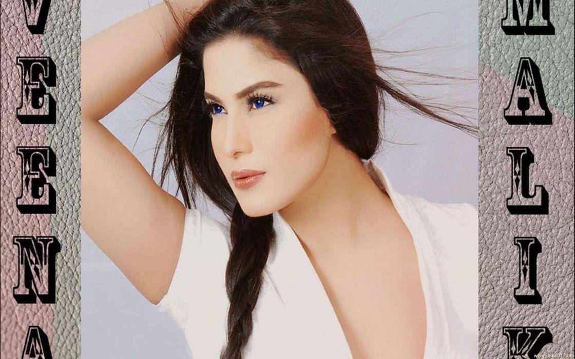 VEENA MALIK indian actress bollywood fashion model babe (33) wallpaper