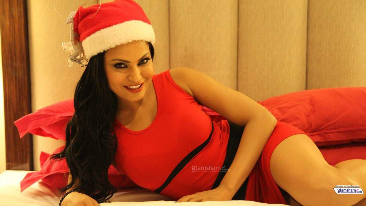 VEENA MALIK indian actress bollywood fashion model babe (30) wallpaper