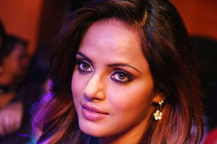 NEETU CHANDRA indian actress model martial arts model bollywood babe (35) wallpaper