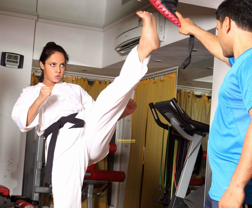NEETU CHANDRA indian actress model martial arts model bollywood babe (36) wallpaper