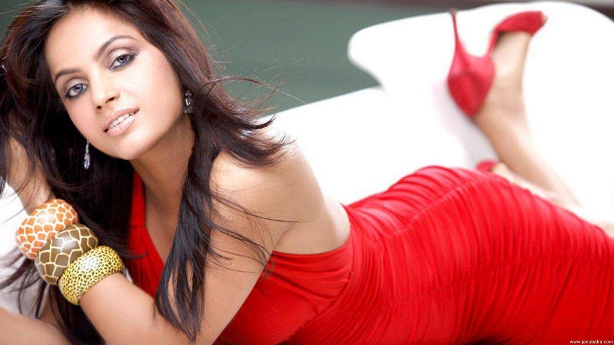 NEETU CHANDRA indian actress model martial arts model bollywood babe (72) wallpaper
