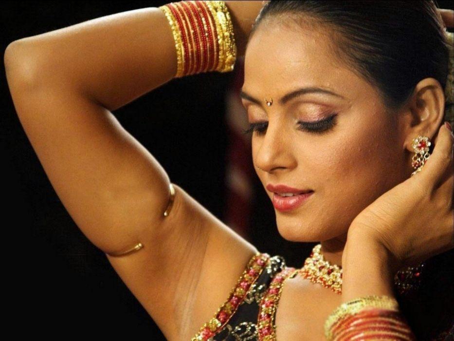 NEETU CHANDRA indian actress model martial arts model bollywood babe (73) wallpaper