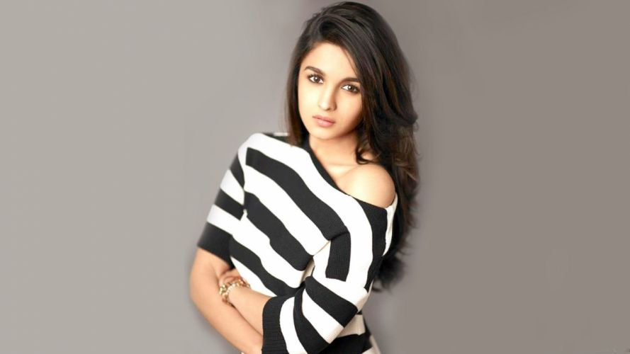 ALIA BHATT indian actress bollywood model babe (1) wallpaper