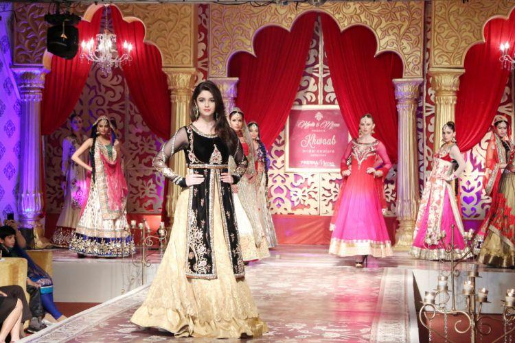 ALIA BHATT indian actress bollywood model babe (60) wallpaper