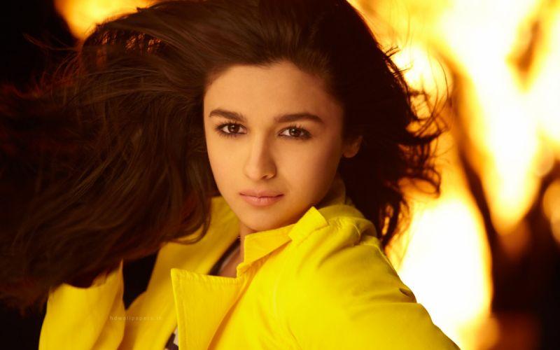 ALIA BHATT indian actress bollywood model babe (73) wallpaper