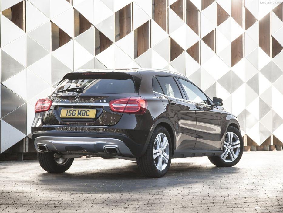 Mercedes-Benz-GLA UK-Version 2015 1600x1200 wallpaper 4e wallpaper