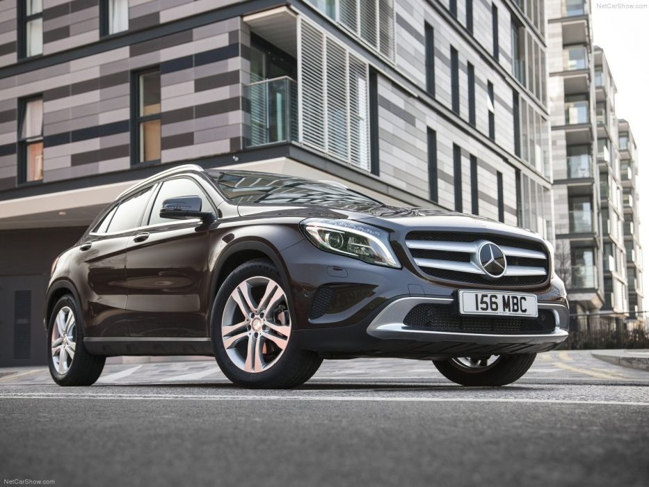 Mercedes-Benz-GLA UK-Version 2015 1600x1200 wallpaper 0f wallpaper