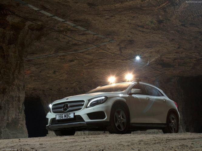 Mercedes-Benz-GLA UK-Version 2015 1600x1200 wallpaper 2d wallpaper