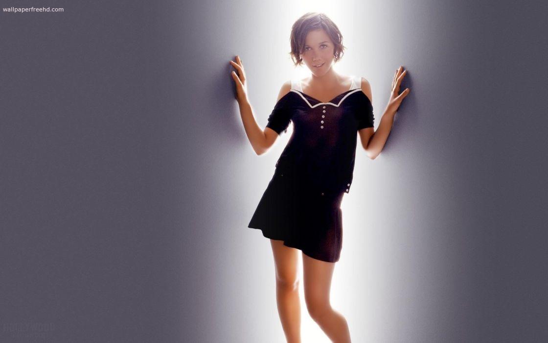 brunettes women dress actress celebrity Maggie Gyllenhaal short hair grey background wallpaper