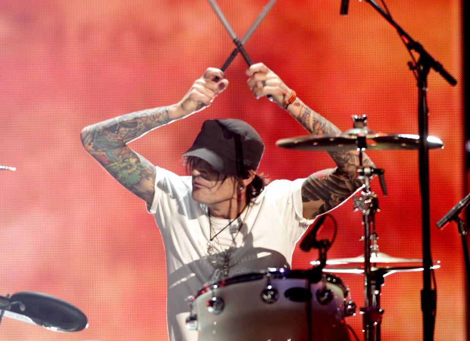 MOTLEY CRUE hair metal heavy concert drums     hf wallpaper