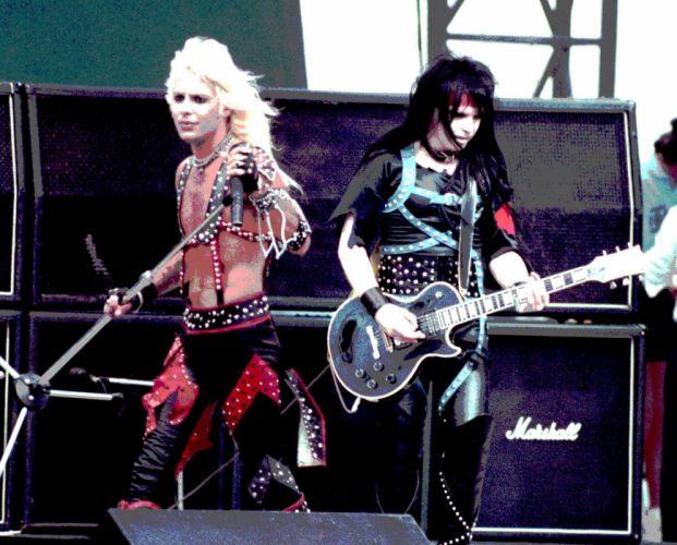 MOTLEY CRUE hair metal heavy concert singer guitar gd wallpaper