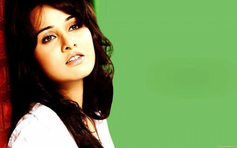 NISHA KOTHARI indian actress bollywood model babe (25) wallpaper