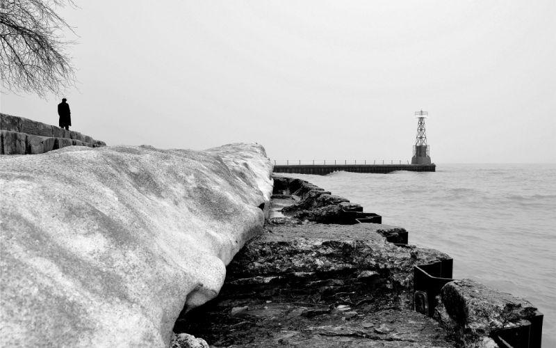 grayscale sea shorelines sea wallpaper