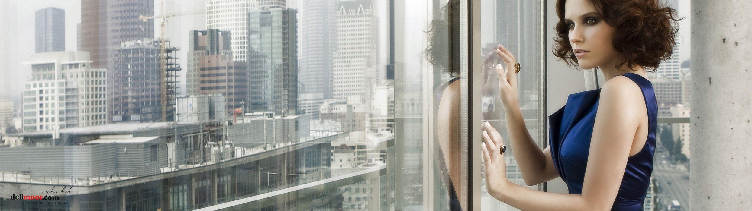 models Sophia Bush multiscreen wallpaper