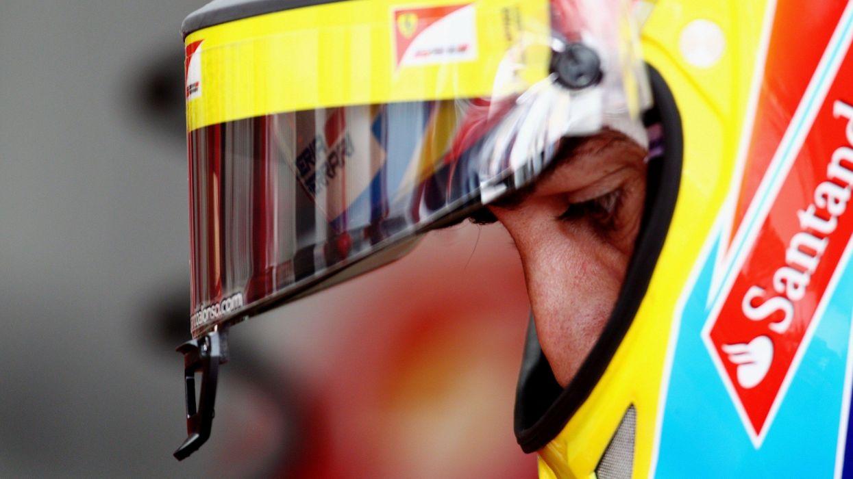 helmet Ferrari Formula One Fernando Alonso wallpaper