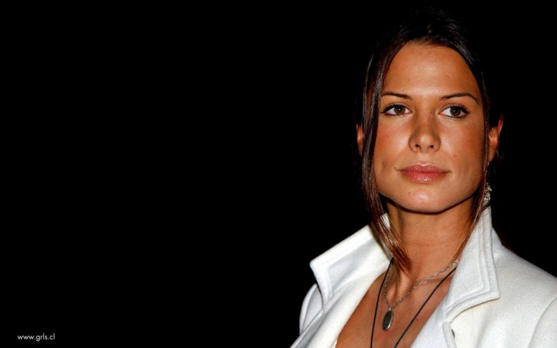 women Rhona Mitra wallpaper