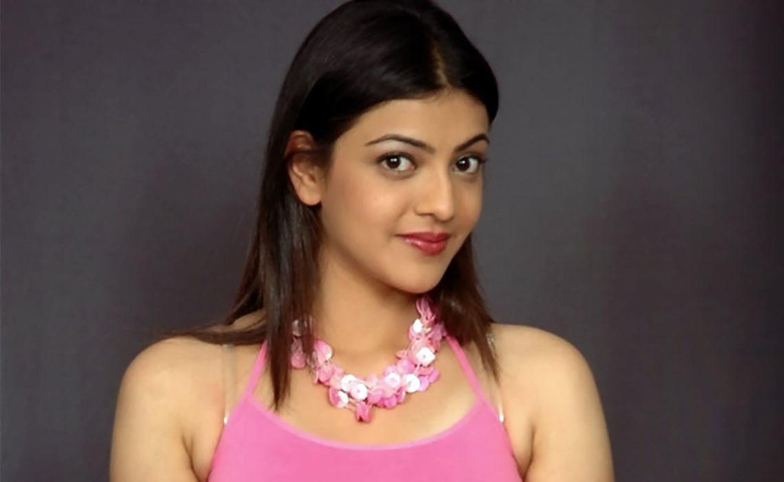 KAJAL AGARWAL indian actress bollywood model babe (56) wallpaper