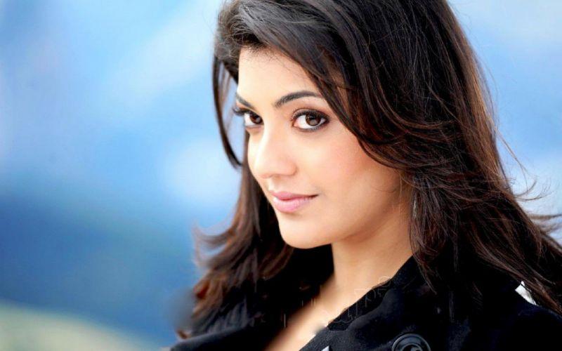 KAJAL AGARWAL indian actress bollywood model babe (58) wallpaper