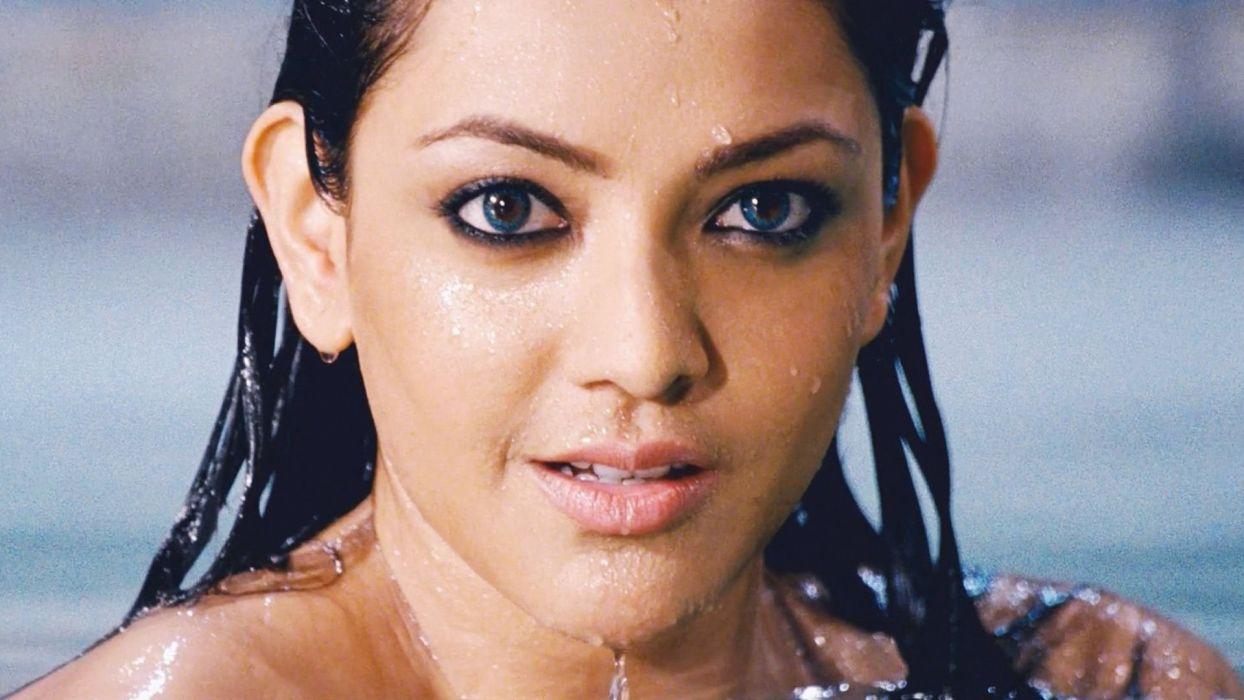 KAJAL AGARWAL indian actress bollywood model babe (82) wallpaper