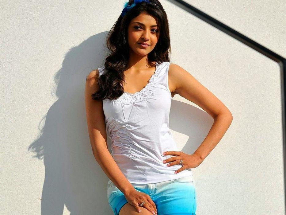 KAJAL AGARWAL indian actress bollywood model babe (78) wallpaper