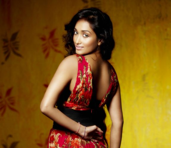 JIAH KHAN indian actress bollywood model babe (13) wallpaper