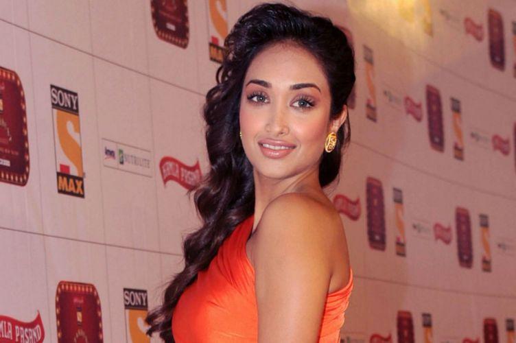 JIAH KHAN indian actress bollywood model babe (25) wallpaper