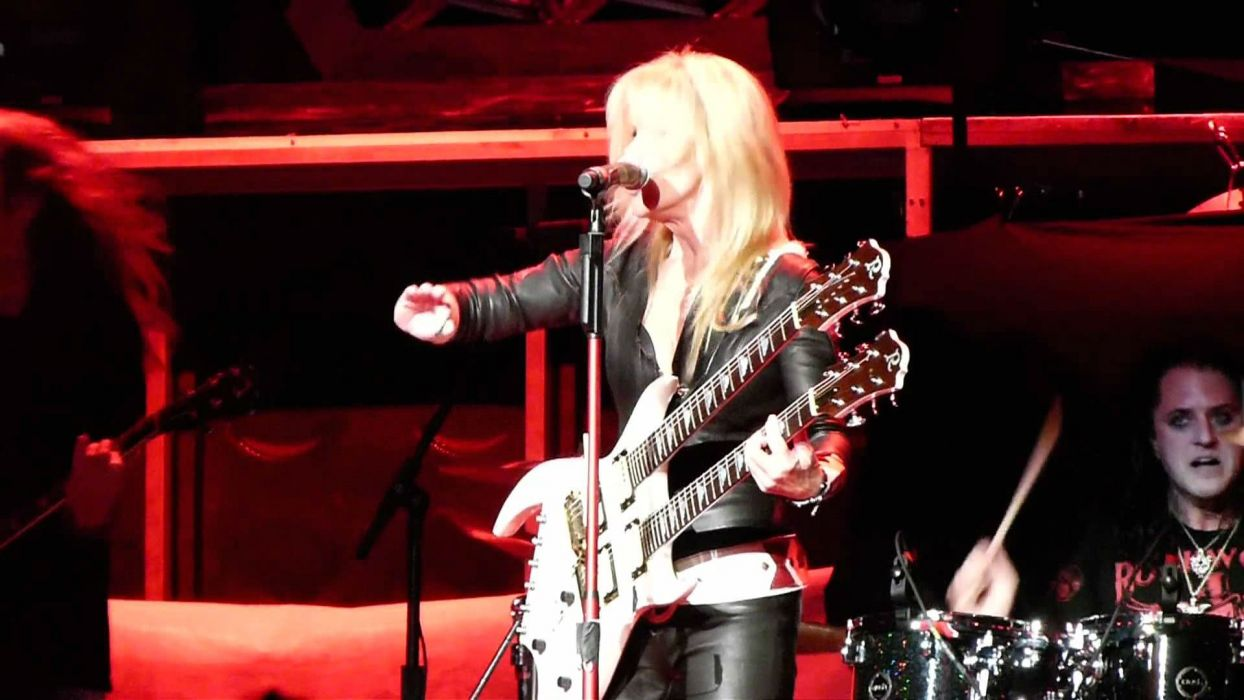 LITA FORD heavy metal hard rock babe concert guitar singer wallpaper
