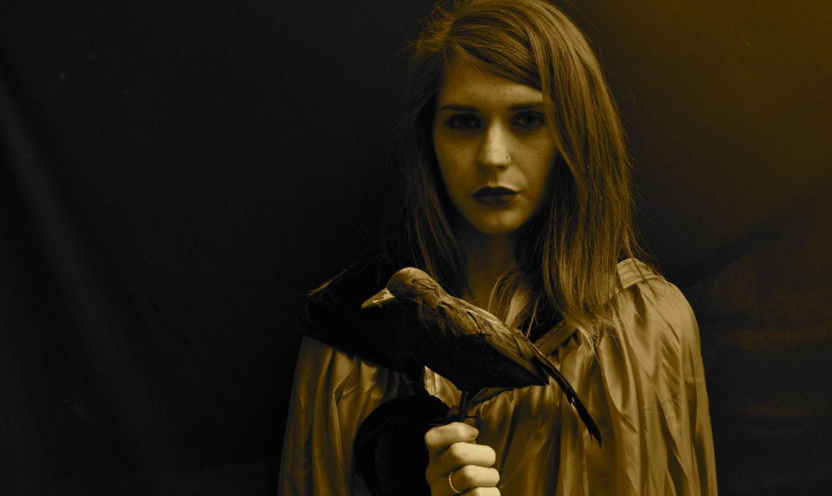 dark witch crow raven gothic fantasy occult wallpaper