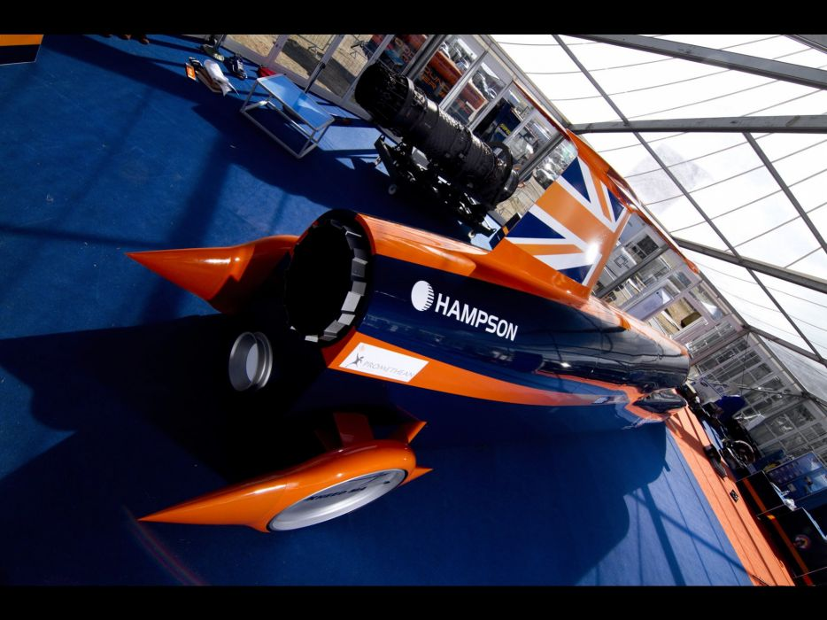 2010-Bloodhound-SSC-Show-Car-Rear-Angle-1920x1440 wallpaper